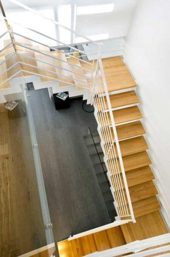 דגם הייטק דק / עץ אלון / אדריכלית גלית קוריאט / צילום / מושיי גיטליס