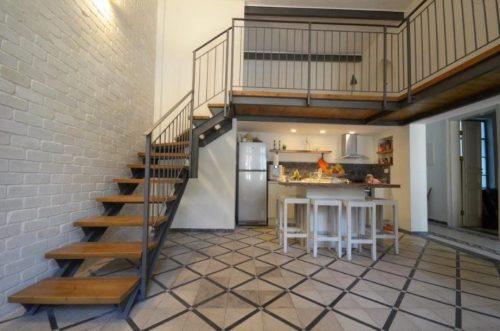 מדרגות 2 קורות קלאסיות ביפו העתיקה