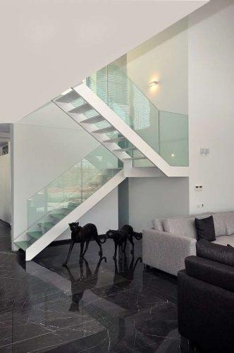 זכוכית שתולה בשלד הייטק מקבילים כפול דופן / אדריכל ''סאמט''