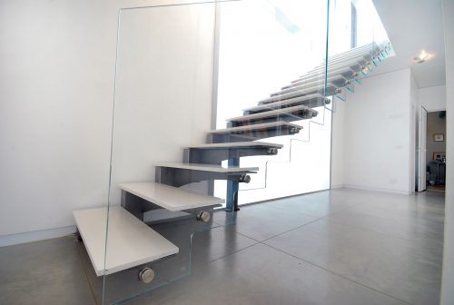 דגם אילן / מדרגות שיש לבן