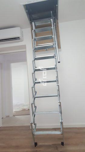 """מדרגות עליה לגג / דגם סקארי / מידת סולם בתמונה 50/70 ס""""מ"""