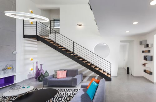 הייטק מקבילים משולב עץ אלון / אדריכלית דלית ונגרובסקי / צילום אלעד גונן